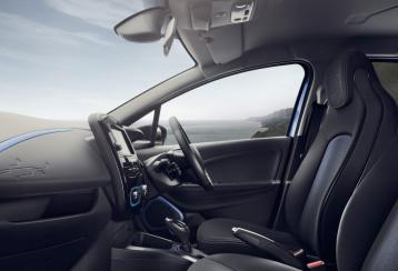 zoe interior.jpg.ximg.l full m.smart